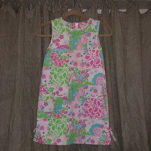 Lilly Pulitzer pink blue giraffe print shift dress